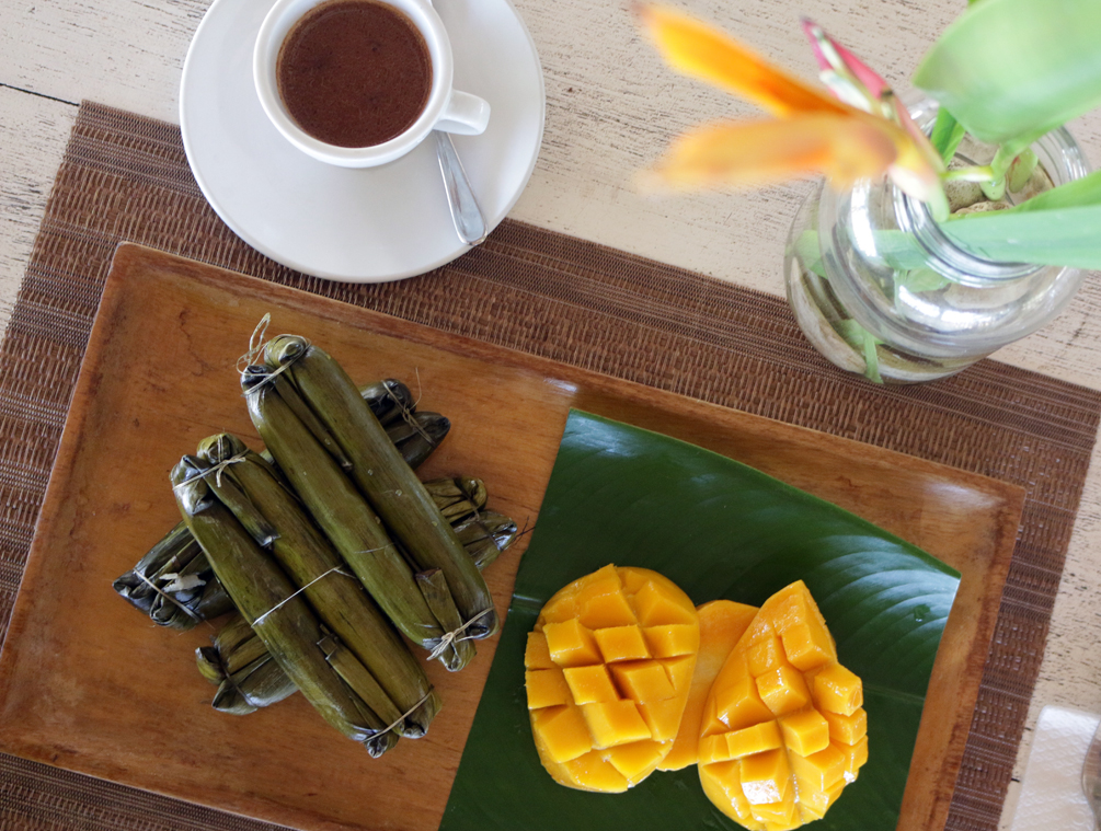BudBud: Glutinous rice with mango and tsokolate| Dumaguete Travel Diary by Catriona Gray | cat-elle.com