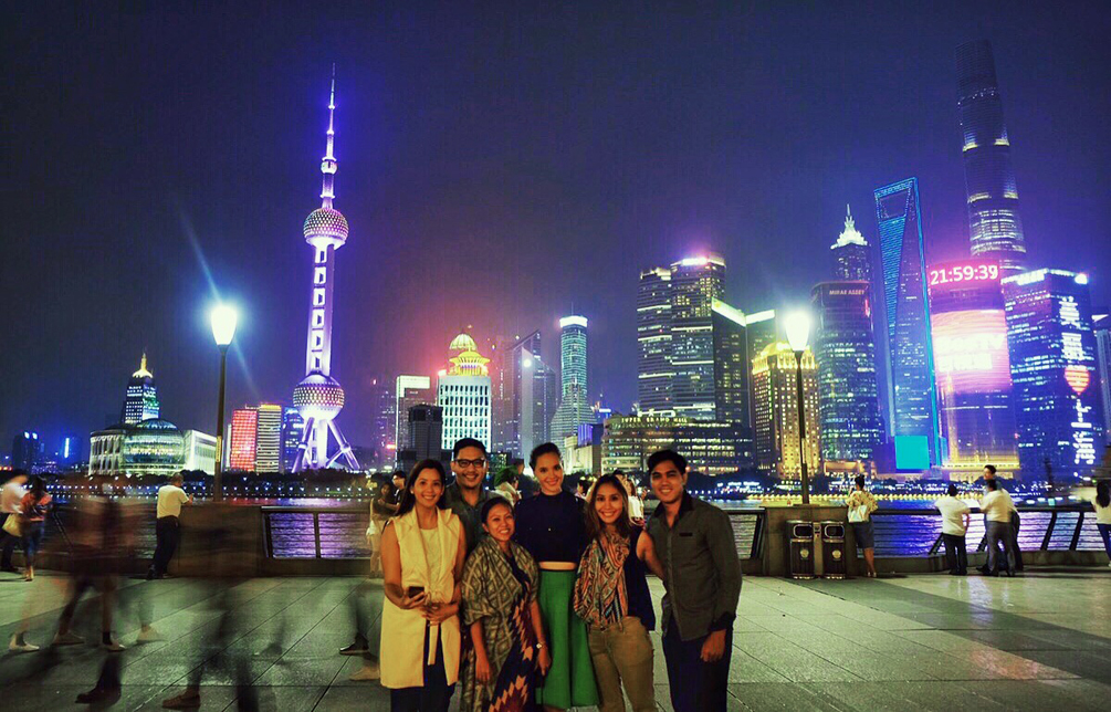 Shanghai Diary by Catriona Gray - Air Asia